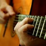 Kỹ thuật bàn tay phải khi chơi đàn guitar