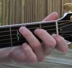 vi-tri-ngon-tay-chuan-khi-choi-guitar