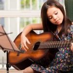 TÌM GIA SƯ DẠY ĐÀN GUITAR TẠI TPHCM