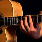 Học đàn Guitar đệm hát – Gia sư Tài Năng Trẻ