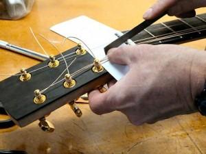 Cách chỉnh action đàn Guitar 2