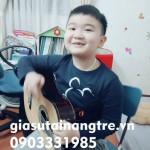 Cần giáo viên dạy đàn Guitar tại nhà